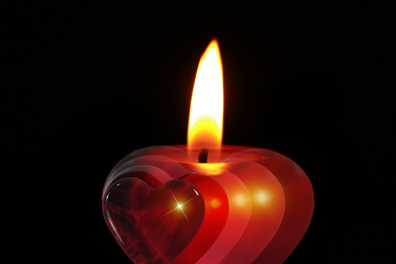 candle-386607_1280
